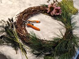 Creating Natural Holiday Wreaths