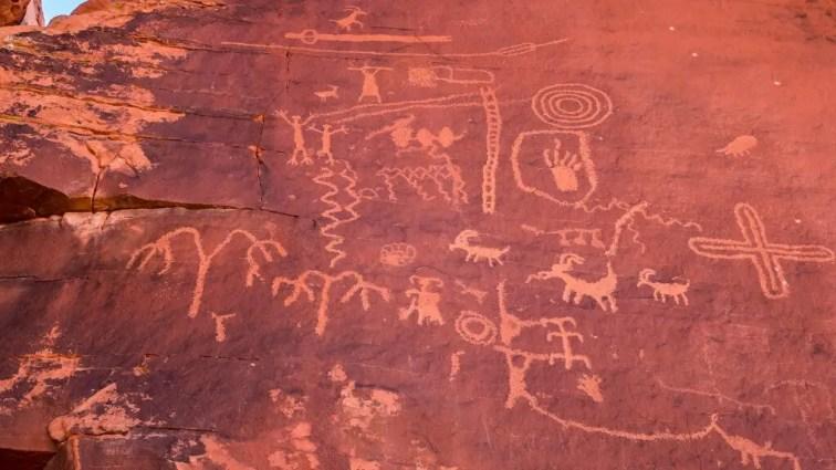 Petroglyphs at Atlatl Rock in Valley of Fire Las Vegas