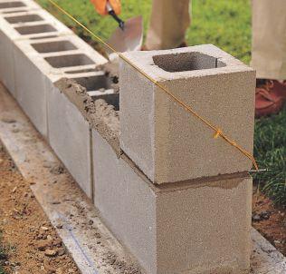 How to Lay Concrete Block10