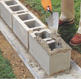 How to Lay Concrete Block7