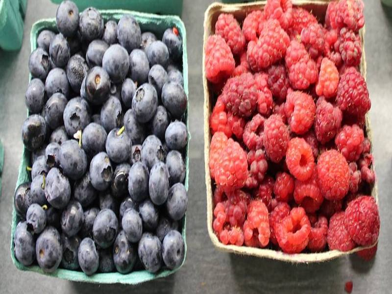Blueberries Strawberries Farmers market