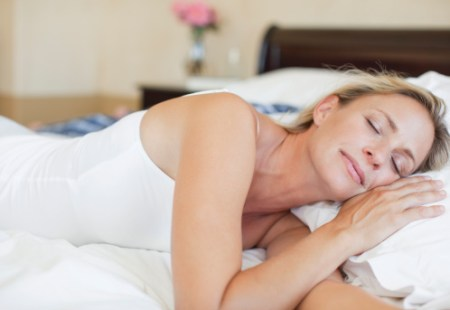 women sleep to get rid of dark circles