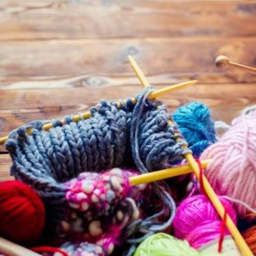 Knitting can reduce anxiety, depression, chronic pain and slow dementia research reveals