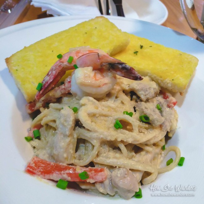 Chicken & Shrimp Cream Pasta
