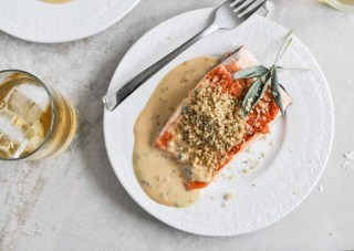 Pan-Crisped Salmon with Light Dijon Cream and Garlic Butter Breadcrumbs I howsweeteats.com