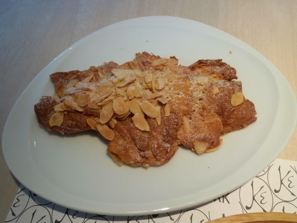 Eric Kayser Bogotá bakery croissant