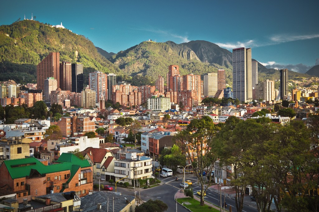 what to wear in Bogotá