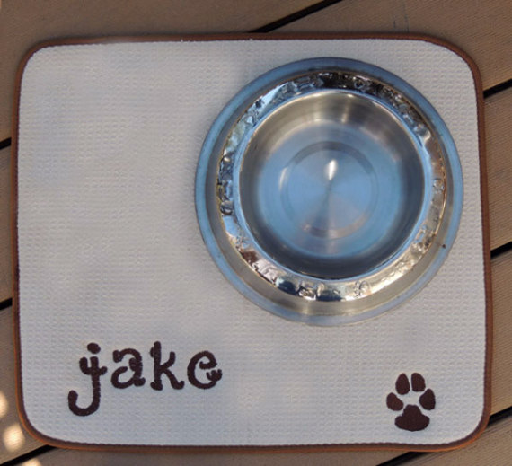 crafts-to-make-and-sell-for-profit-personalized-pet-supplies, crafts to make and sell, crafts for kids, crafts to make and sell for teens, crafts for teens to make, crafts for teens to make and sell, crafts for teens to make diy, crafts for teens to make for room, crafts for teens to make when bored