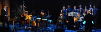 Ir al evento: Suma Flamenca 2014 Arcángel presenta 'ESTRUNA'