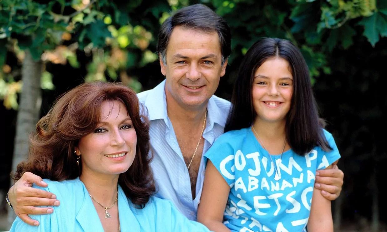 Rocio Carrasco con sus padres: Rocio Jurado y Pedro Carrasco