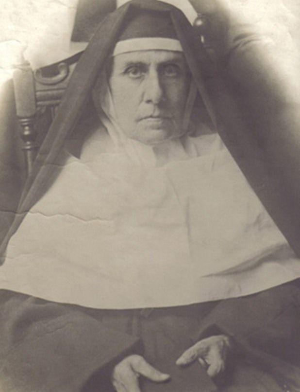 Madre Camila Rolón