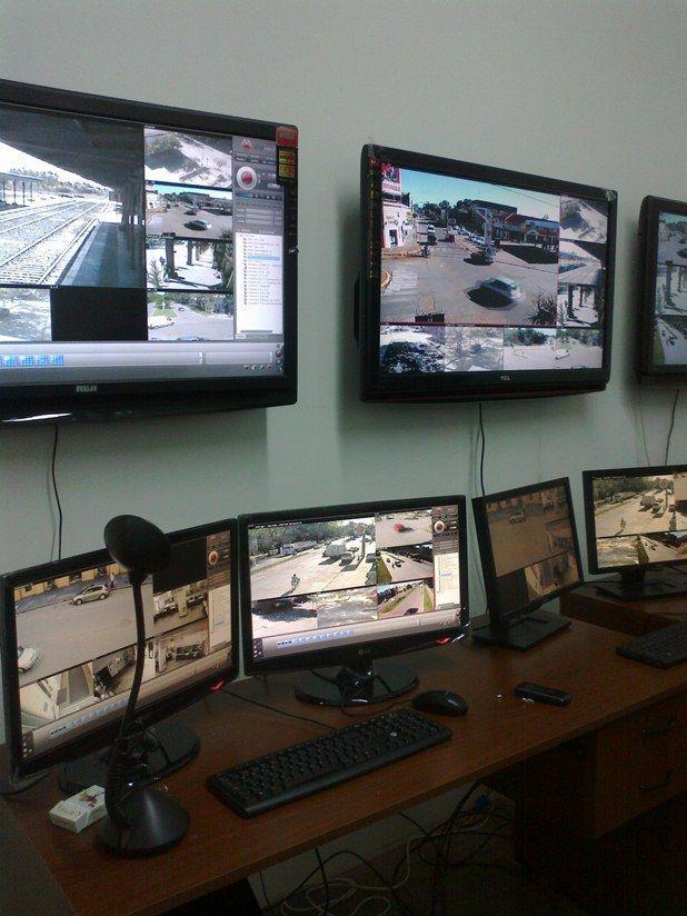 Monitores - Mercedes - Dirección de Seguridad