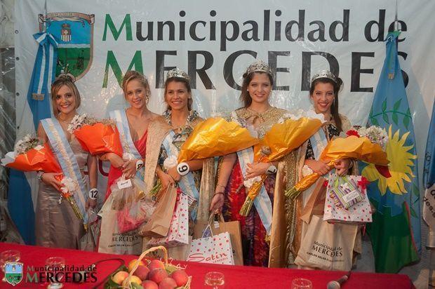 FiestaDuraznoViernes-2015076