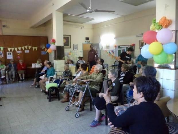 Lito Córdoba y actividad solidaria en Divina Providencia
