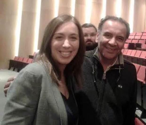 Benitez en plenario del PRO con sus principales referentes invitado por M.E Vidal