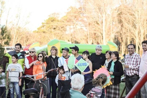 Actividades recreativas del PRO en «Parque Nuevo» encabezadas por Benítez