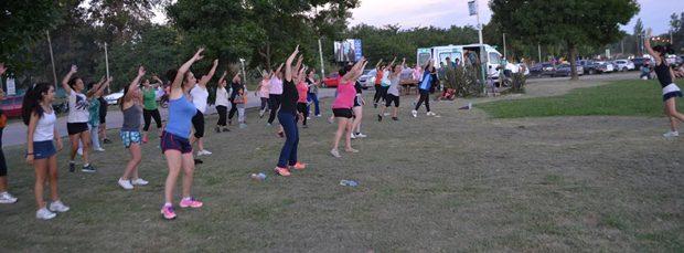 Concurrida asistencia a las clases de aerobic