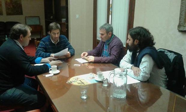 Ustarroz se reunió con funcionario de UNLu por estudiantes y trabajadores mercedinos