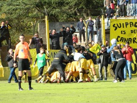 Flandria ganó y ahora define en Villa Crespo
