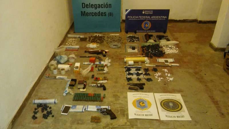 Ocho allanamientos y once detenidos por drogas