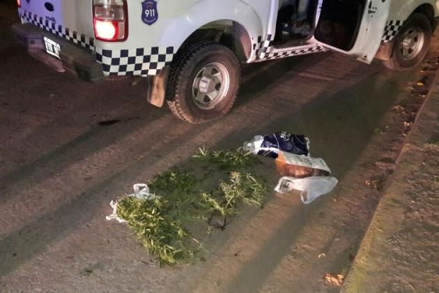 Los detuvieron con casi un kilo de marihuana