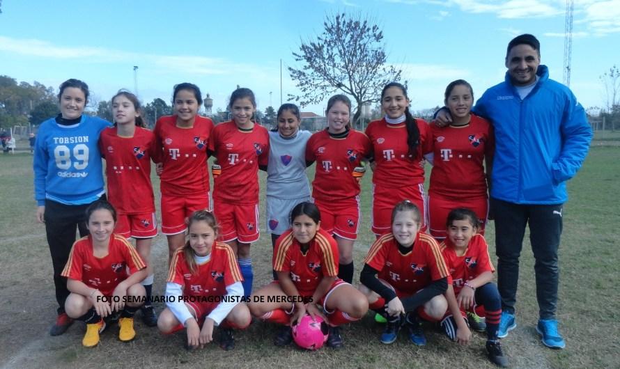 Las inferiores del Fútbol Femenino salieron a la cancha