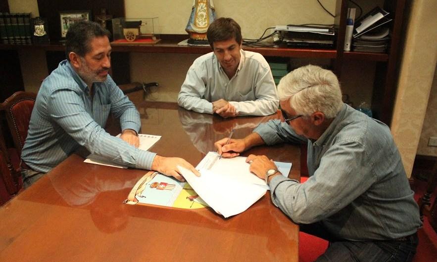 Municipio aporta 400 mil pesos a Quilmes para continuar la ampliación del Rolo Cardinal