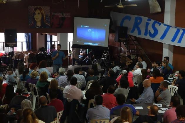"""Gran asistencia en encuentro de militancia, reflexión y trabajo de """"Unidad Ciudadana"""" en el Comunicaciones"""