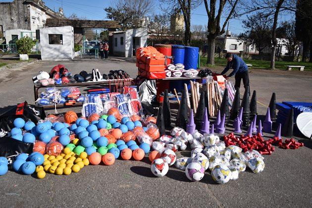 Municipio invierte $300.000 en elementos deportivos para variadas disciplinas