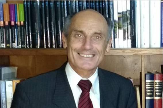 El abogado Horacio Vero presenta sus nuevos libros de poemas