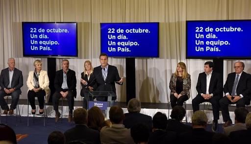 Sergio Massa pide debate, Carlos Selva lo acompaña