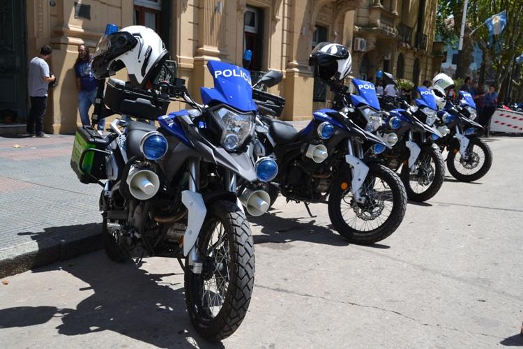 Cuatro nuevas motos: dos para la Policía Comunal y dos para la Local