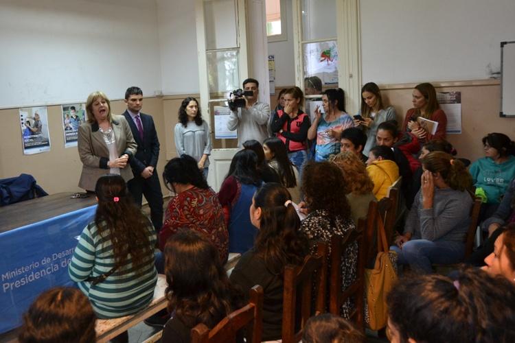 Colegio de Abogados brindó charla abierta sobre violencia de género