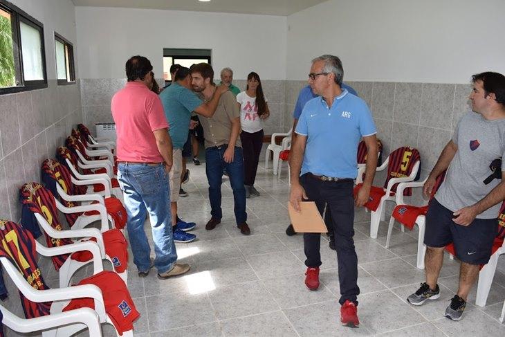 Ustarroz acompañó al Club Estudiantes que inauguró nuevos vestuarios