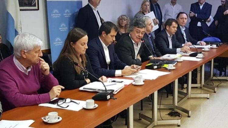 """Carlos Selva: """"Dimos un primer paso para encontrar una solución"""""""
