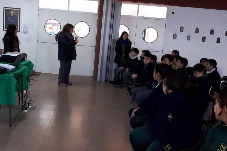 Resolución de conflictos como eje de capacitaciones en escuelas brindadas por la Secretaria de Seguridad