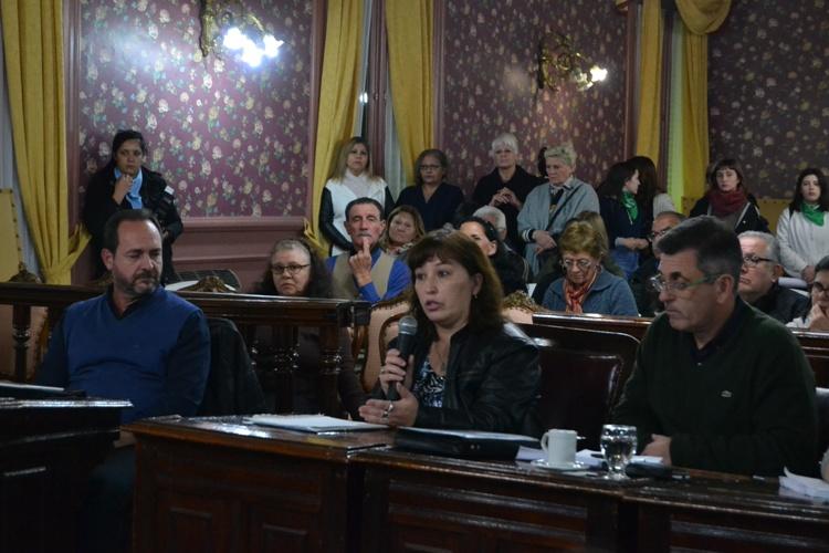 Vecinos del Bo. Favaloro piden rehabilitar la calle 39