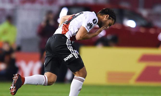 Santiago Sosa debutó oficialmente en River Plate ante Racing por Copa Libertadores