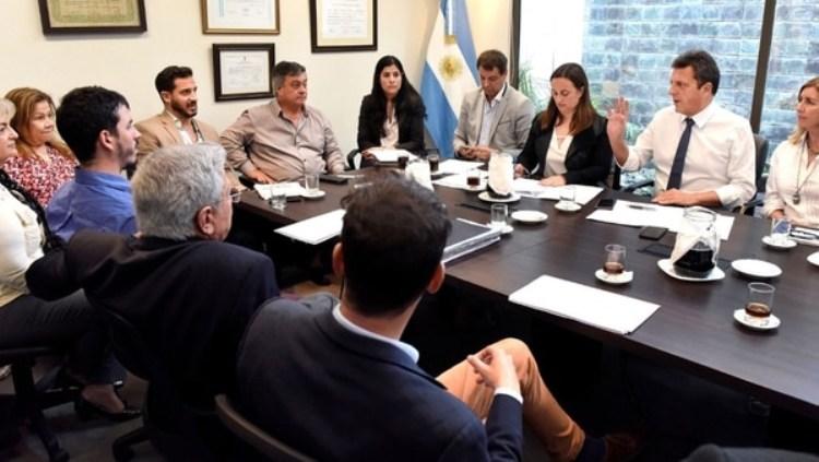 Selva y Massa critican los tarifazos