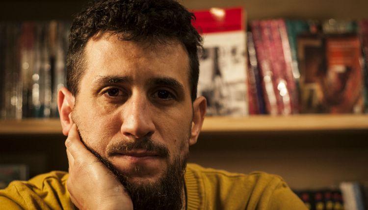Nicolás Correra presenta su libro «Heroína, la guerra gaucha».