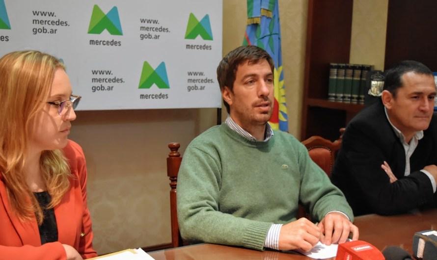 """Ustarroz presentó el programa """"Mi Terreno"""" para beneficiar a los vecinos con el acceso a la tierra"""