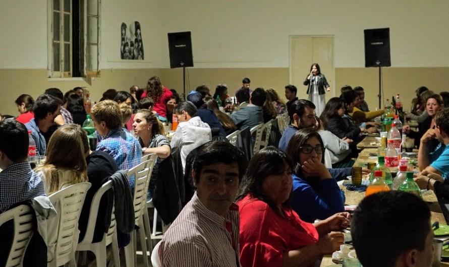 Se realizó la 3° cena solidaria por la educación