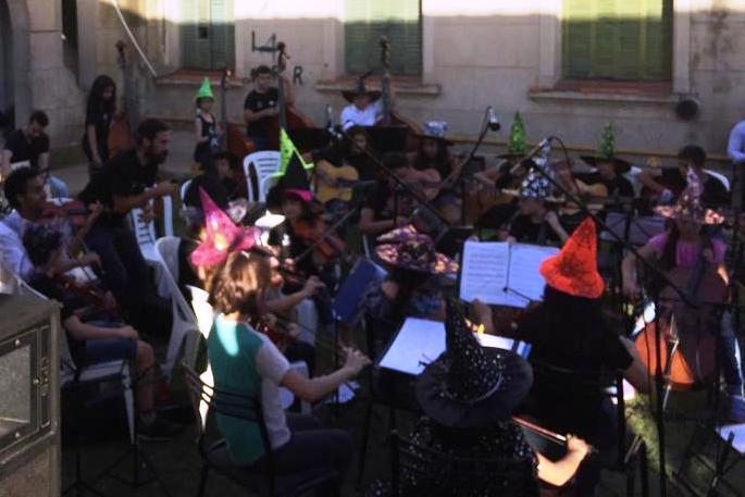 La Orquesta Escuela cerró el año con un gran concierto