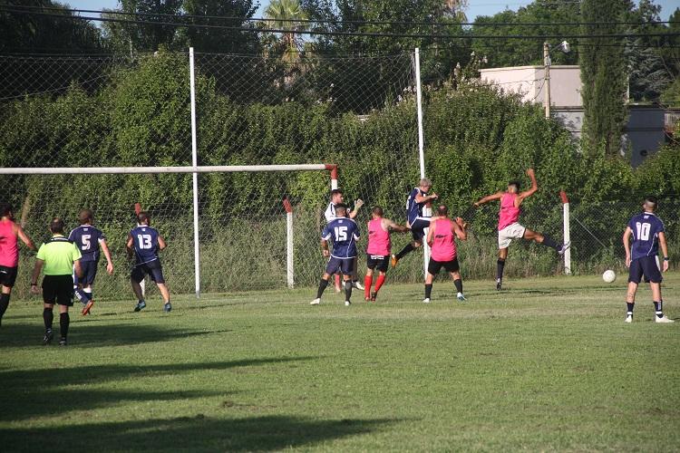 Trocha y Pabellón siguieron su puesta a punto jugando un amistoso