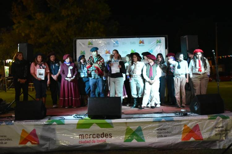 Presentaron la primera Agrupación de Mujeres Camperas de Mercedes