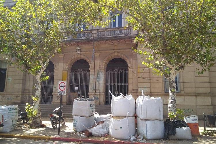 Escuela Normal suspende dos días de clases por las obras internas