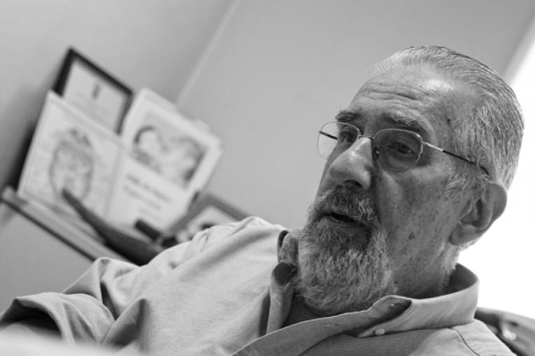 El reconocido académico Atilio Borón dará una charla en Mercedes