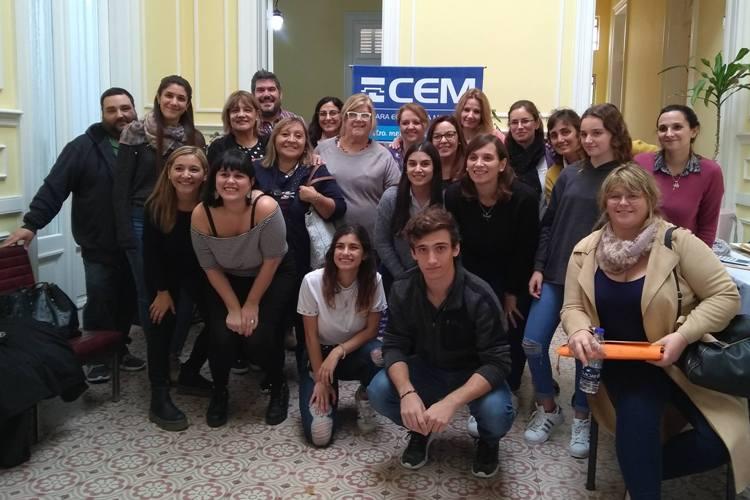 CEM: Realizaron taller de uso creativo en las redes sociales