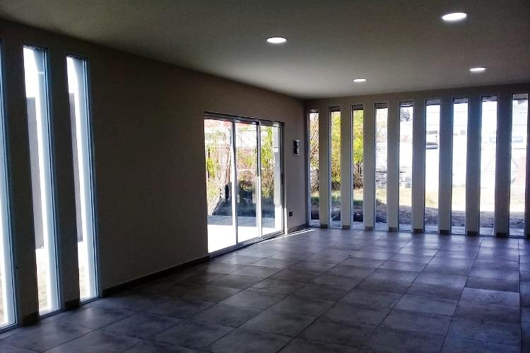 Ultimando detalles en la obra de la Casa Velatoria Municipal