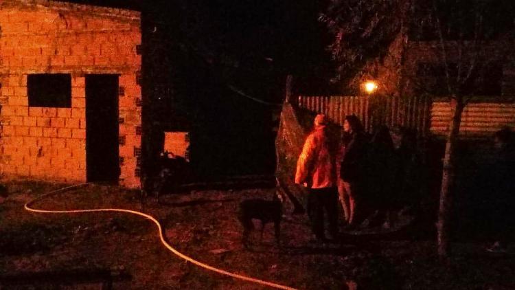Madrugada del martes se incendió una casa